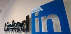 LinkedIn profile versus resume